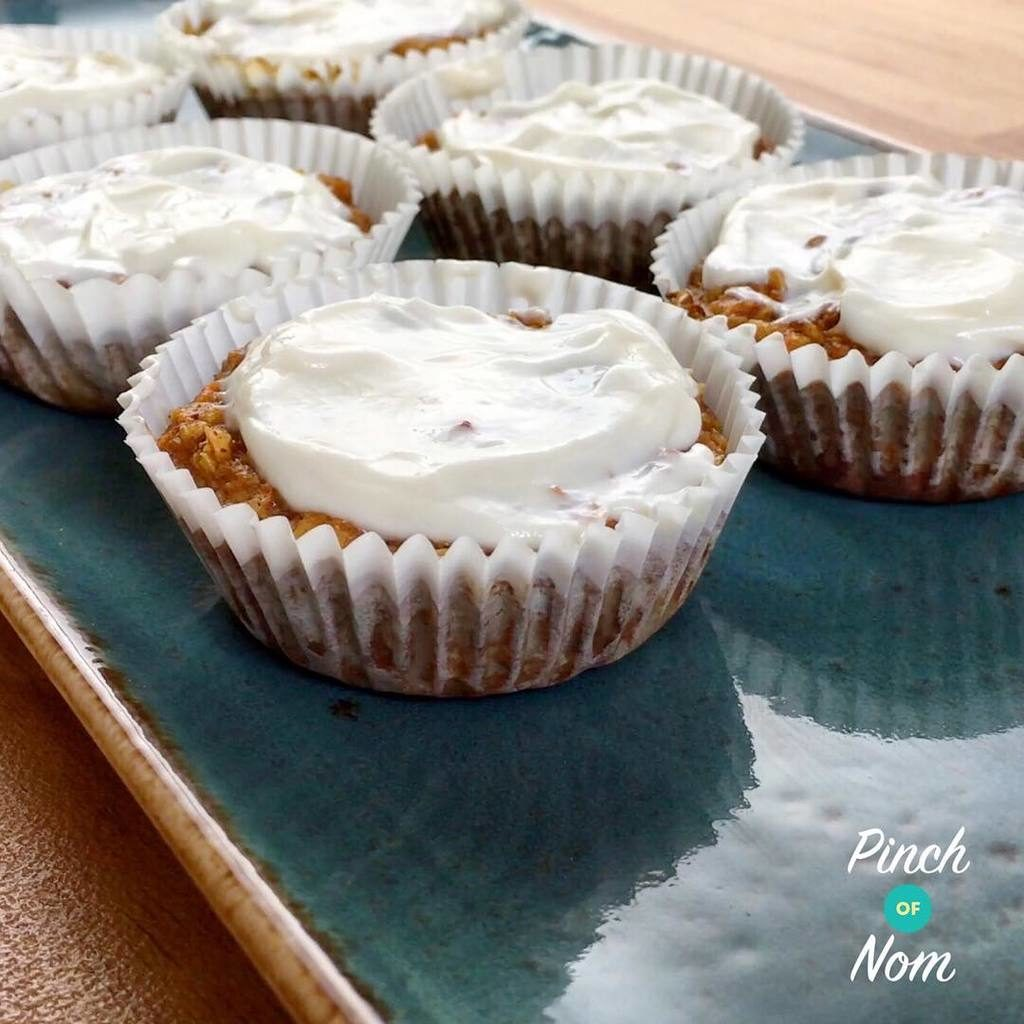Syn free carrot cakes with Syn free cream cheese frosting anyone? Reipe is up on the site now ???? featuring @sukrinuk #slimmingworld #slimmingworlduk #slimmingworldusa #slimmingworldfamily #slimmingworldmotivation #slimmingworldmafia #slimmingworldjourney #sw #swuk #swinstagram #healthyeating #weightloss #weightlossjourney #ww #weightwatchersuk #weightwatchers #foodblogger #pinchofnom
