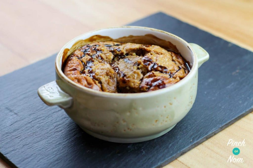 Low Syn 'Bounty' Baked Oats | Slimming World - Pinch Of Nom